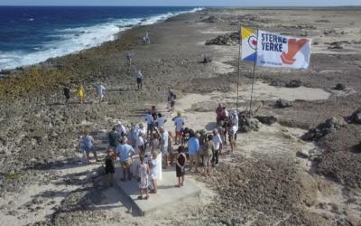Stranding Sterke Yerke III herdacht op Bonaire